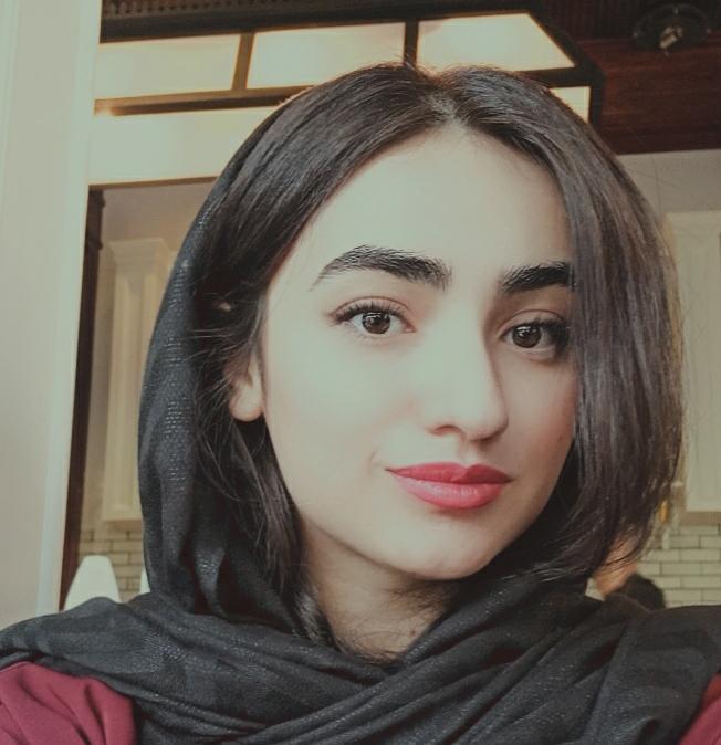 تیم آذر آنلاین - یاسمین لطفی